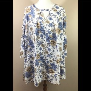 Umgee Blouse White Floral Sz XL Bell Sleeves NWOT